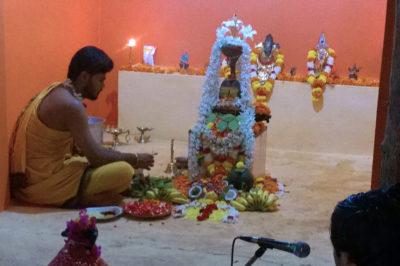 Shiva Lingashtakam on Mahashivaratri at the Dhuni