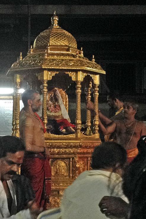 mookambika-darshan-IMG_2633