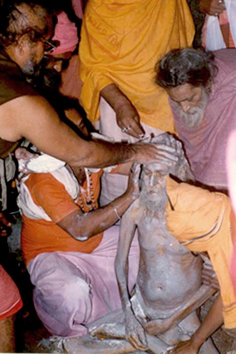 samadhi-vibhuti-dharan-Kapil-Puri-v